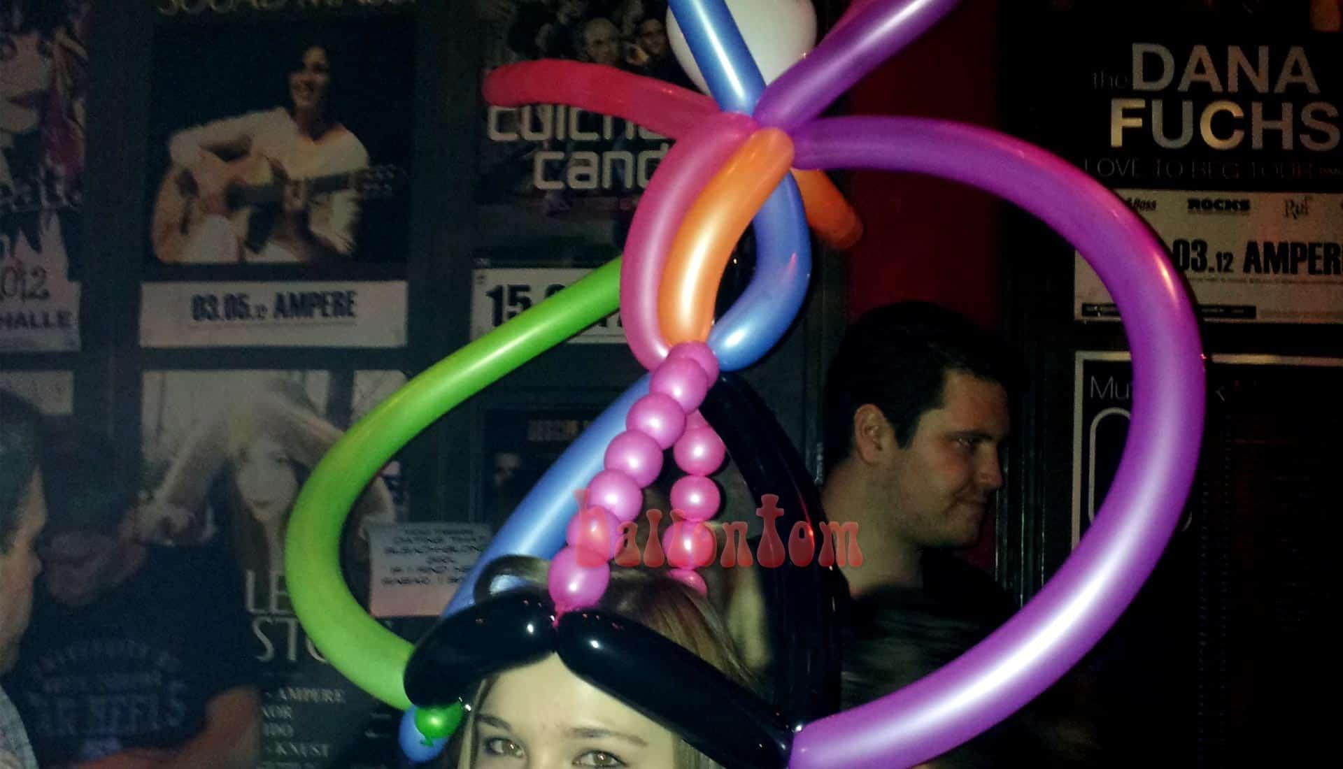 Ballon Neonparty in der Muffathalle in München mit ballontom