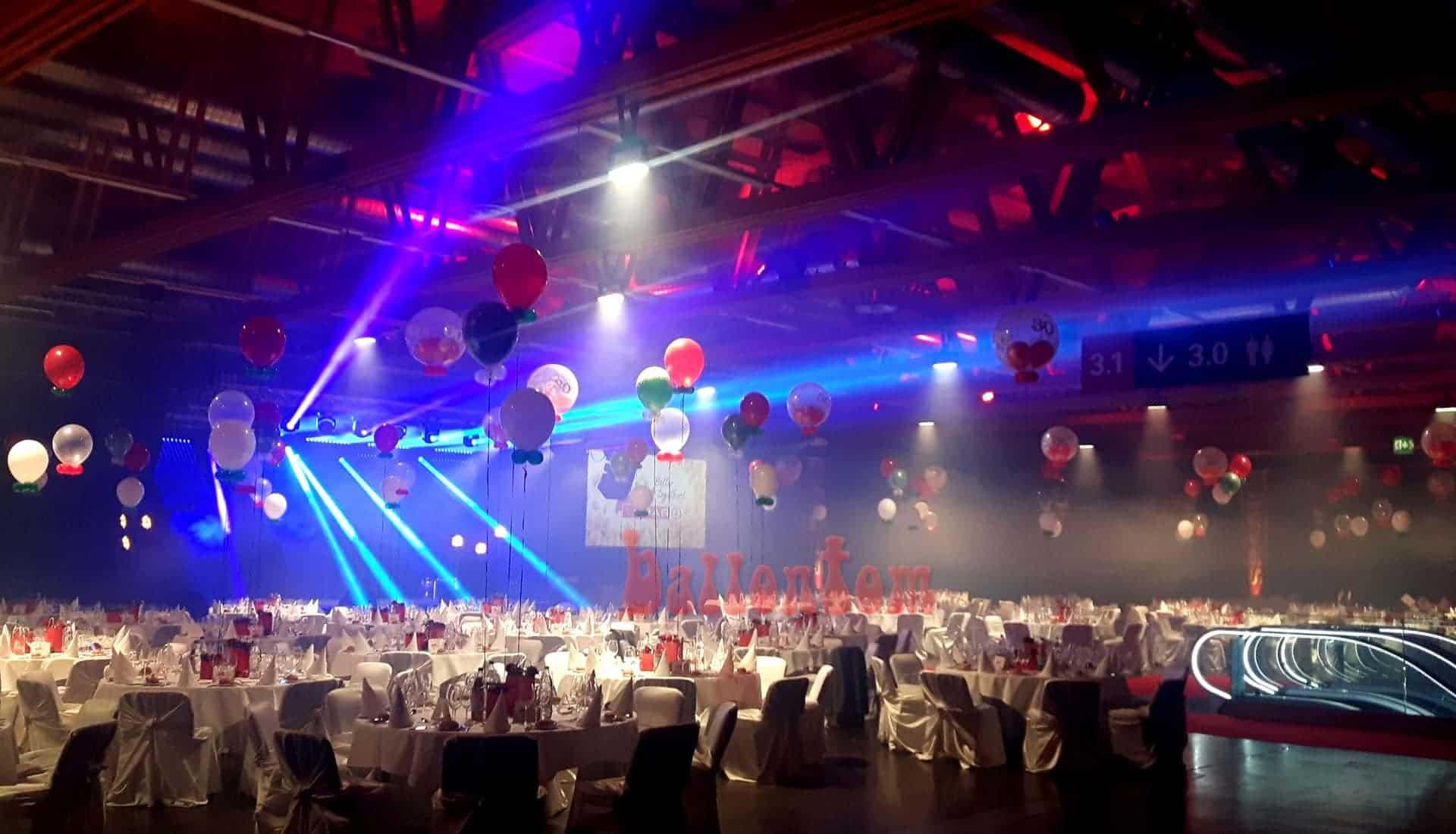 Ballondekoration zur Abendveranstaltung - Projekt: Ballonhaus Schweiz
