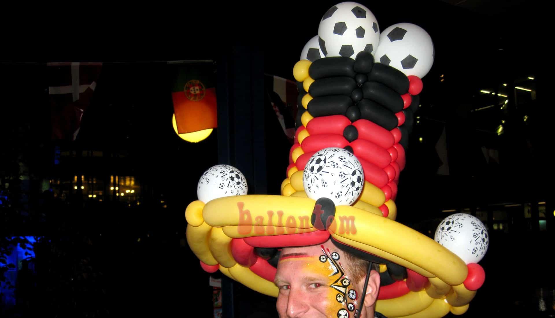 Ballonfanmodellage in München mit Ballonkünstler ballontom