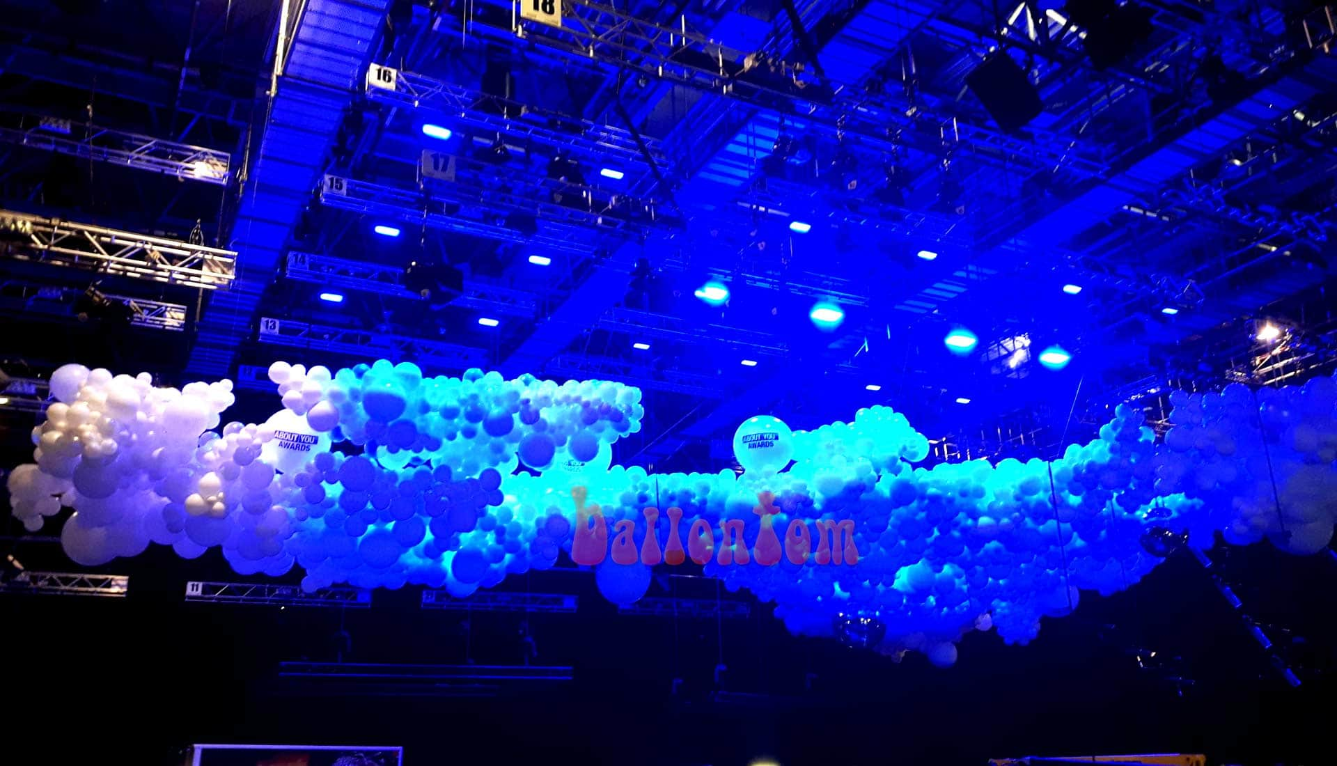 Ballooncloud About You Awards in München im Auftrag von Pittsballoon